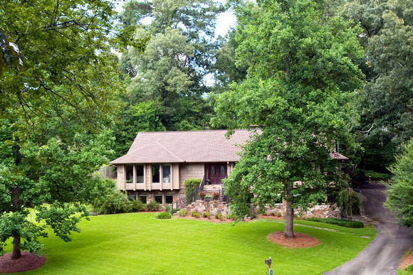 1 OUTSIDE FRONT 4428 Briar Glen Drive  Mountain Brook al 35243